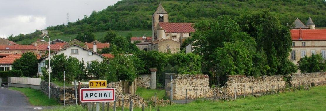 Photo du village d'apchat en auvergne
